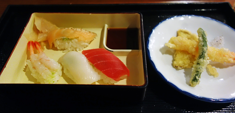 東京プリンスホテルのブッフェ~改装前に~_c0223825_18324040.jpg