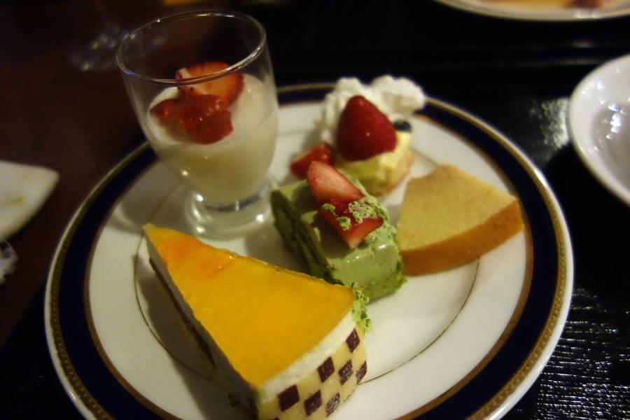 東京プリンスホテルのブッフェ~改装前に~_c0223825_22485924.jpg