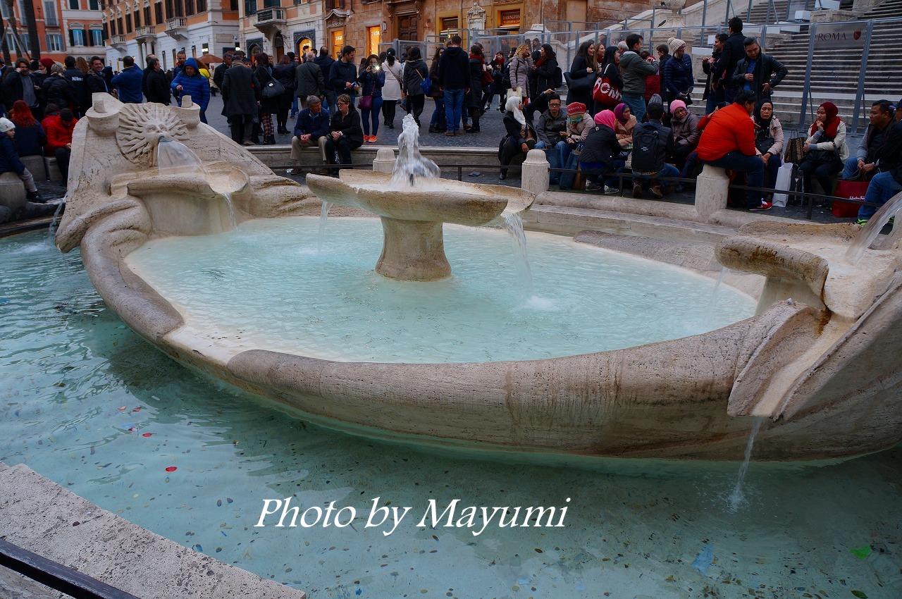 ローマ、街のド真ん中の水道橋♪ : ローマより愛をこめて
