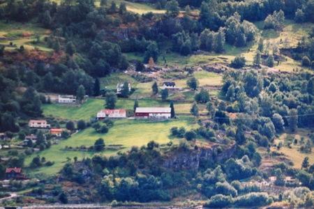 ノルウェーの旅⑬ハルダンゲルフィヨルド_a0292194_16434835.jpg