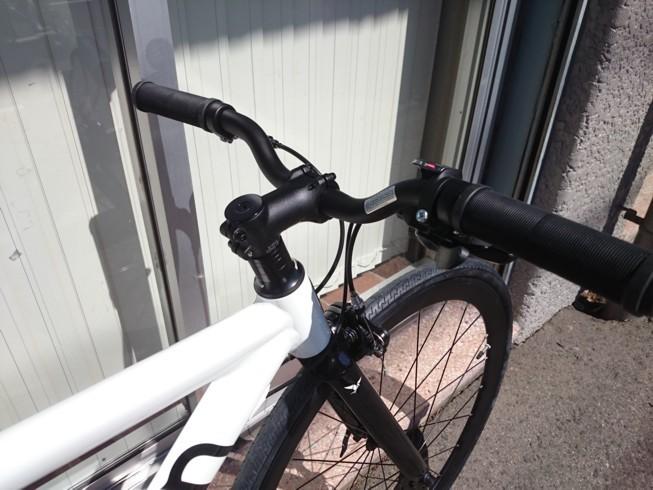エアロフレームがカッコイイ街乗りバイク_c0359041_16115326.jpg