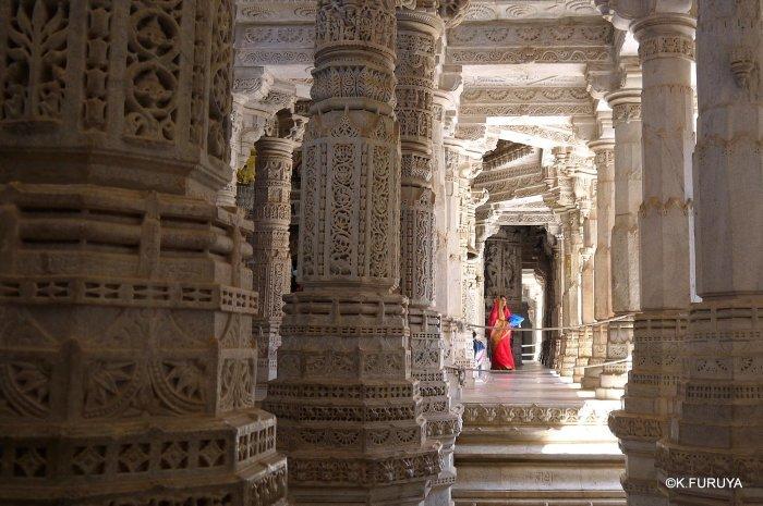 インド・ラジャスタンの旅 11 ジャイナ教の聖地ラーナクプル_a0092659_22165320.jpg