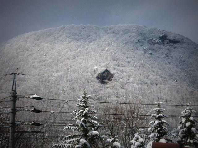 離山の雪化粧*_f0236260_19593092.jpg