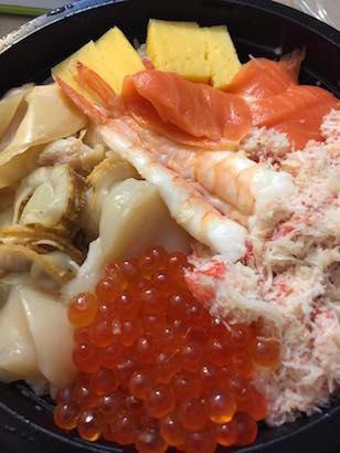グランドセントラル駅でジャパンウィーク、回る、回るよ、寿司は回るし、目も回る!_c0050387_158259.jpg