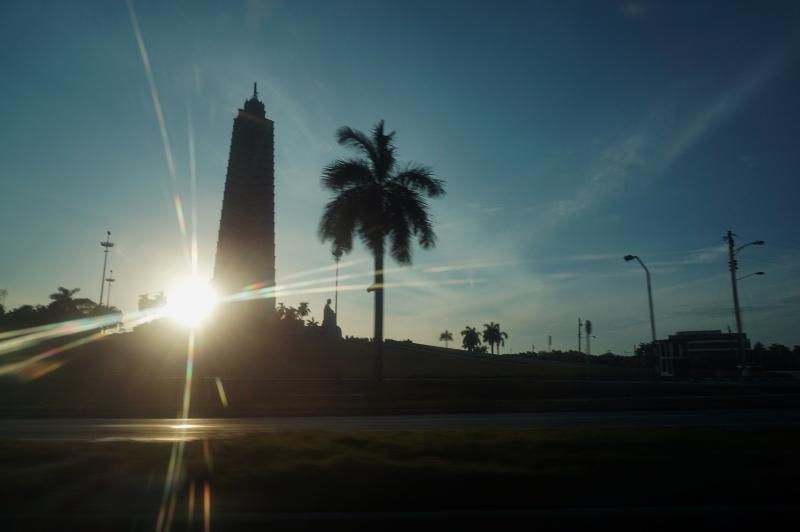 キューバ最新情報2 ホセ・マルティ空港から友人宅へ_b0019313_16370506.jpg