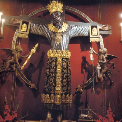 ルッカのドゥオモ:ニコデモが彫ったVolto Santo_a0136671_926642.jpg