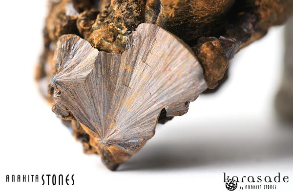 ゲーサイト原石(インド産)_d0303974_1611054.jpg