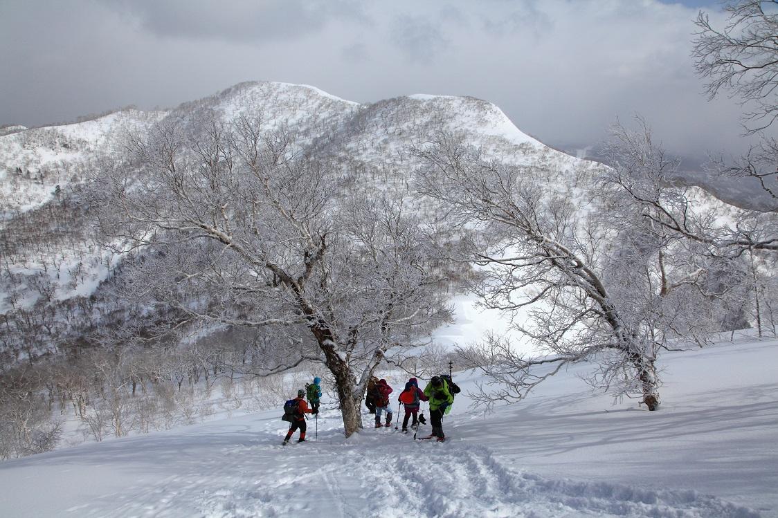白老岳と北白老岳、3月11日-同行者からの写真-_f0138096_22162217.jpg