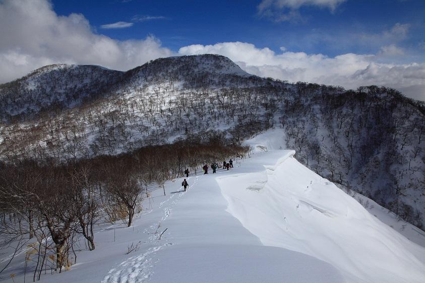 白老岳と北白老岳、3月11日-同行者からの写真-_f0138096_22163189.jpg
