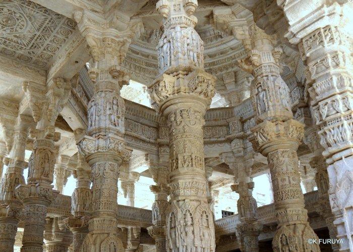 インド・ラジャスタンの旅 11 ジャイナ教の聖地ラーナクプル_a0092659_22593422.jpg