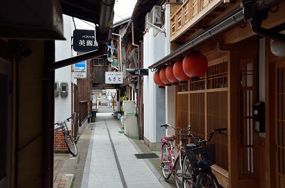 建物探訪 「黒谷和紙にふれ 宮津の街をめぐる」_e0164563_9493933.jpg