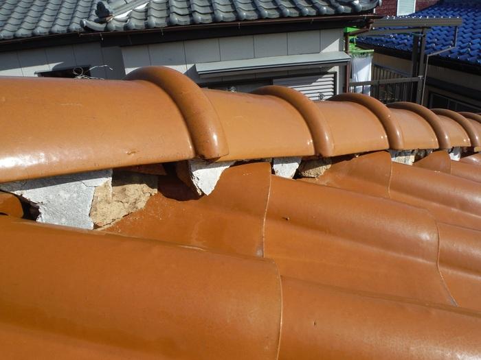 屋根葺き直し、雨樋取替、外壁塗替え ~ まとめてお願い。_d0165368_552172.jpg
