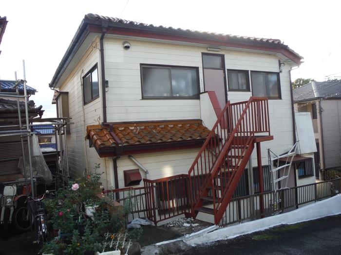 屋根葺き直し、雨樋取替、外壁塗替え ~ まとめてお願い。_d0165368_555783.jpg