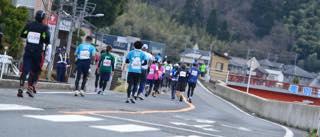スタジオのすぐ近くもコースの一部に入っていた鳥取マラソン...._b0194185_21221574.jpg