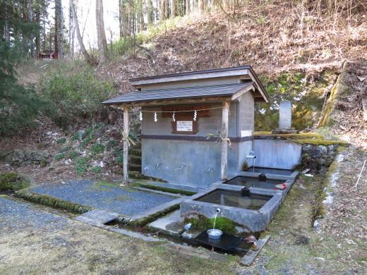 岩泉町の湧水めぐり ~地域のよりどこ・宮脇の清水~_b0206037_08325600.jpg