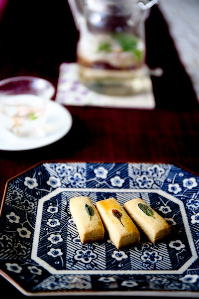 桜クッキー ミントクッキー  ブログのお誕生日_d0034447_14305327.jpg