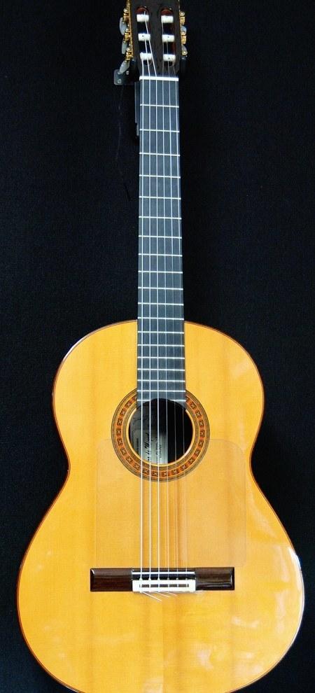 スペイン製フラメンコギター(ネグロ)の音質改善_c0330563_23340720.jpg
