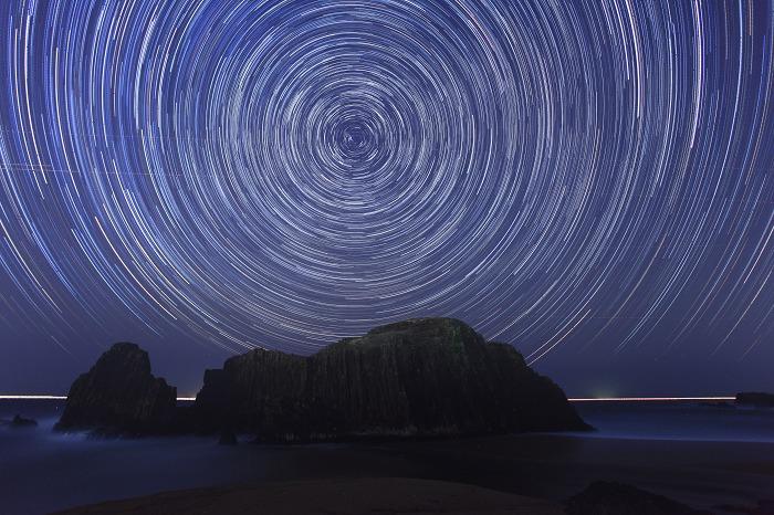立岩の夜_a0294534_1714153.jpg