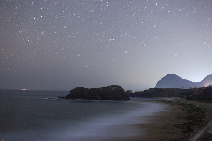 立岩の夜_a0294534_17155488.jpg