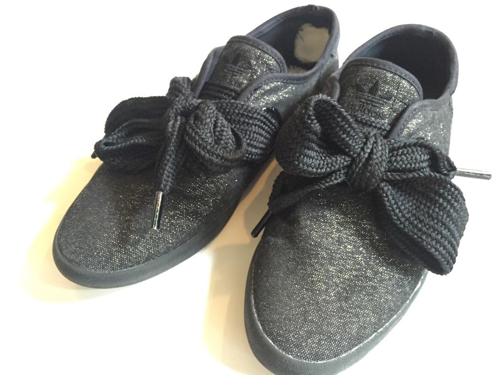 adidas かかと内側破れ スニーカーリペア_b0178425_18441894.jpg