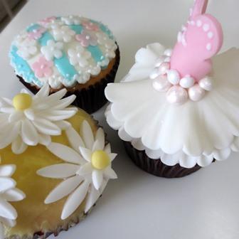 「お花とドレスのCUP CAKE」1DAYレッスン開催しました♪_d0240728_1675720.jpg