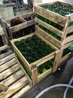 「27BY 純米吟醸うすにごり」瓶洗い&酒粕はがしなど_d0007957_00403093.jpg
