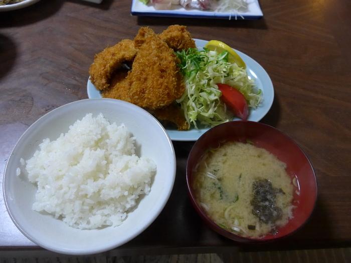 千葉県浜金谷「黄金アジ さすけ食堂」へ行く。_f0232060_15333213.jpg