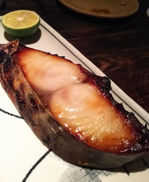 泉岳寺へ移転した「アダン」で美味しいご飯とお酒を♪_b0051666_20402260.jpg