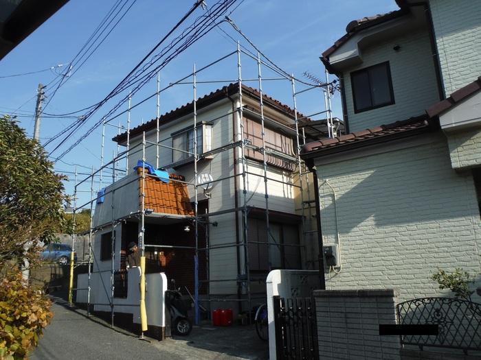 屋根葺き直し、雨樋取替、外壁塗替え ~強化棟。_d0165368_6595647.jpg
