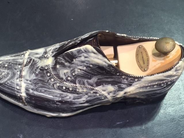 革靴は洗えるんです!!(仕上げ編)_b0226322_16305399.jpg