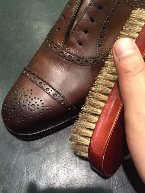 革靴は洗えるんです!!(仕上げ編)_b0226322_16452933.jpg
