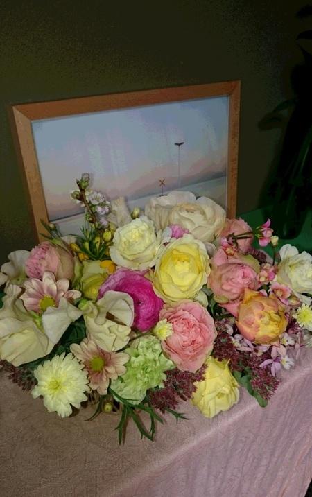 ホワイトデーギフトとバレンタインフラワーギフト、それから5年前の明日の花嫁様より_a0042928_15131071.jpg