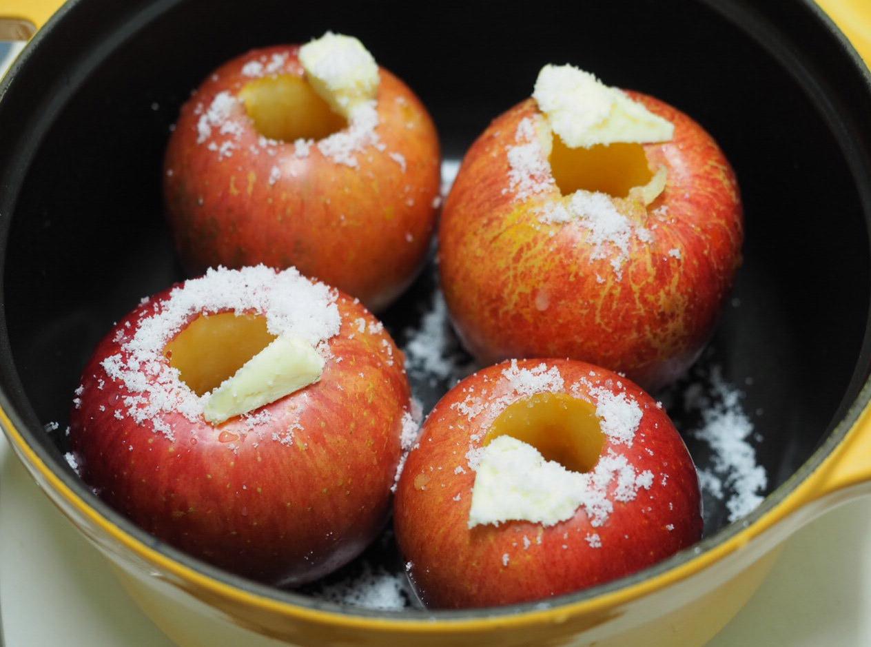 Staubで焼きリンゴを作る_f0134939_17145014.jpg