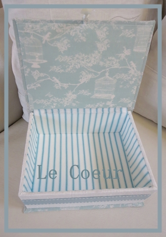 自宅レッスン アコーディオン式の箱 ダストBOX 宝箱 BOOK型 _f0305451_21443923.jpg