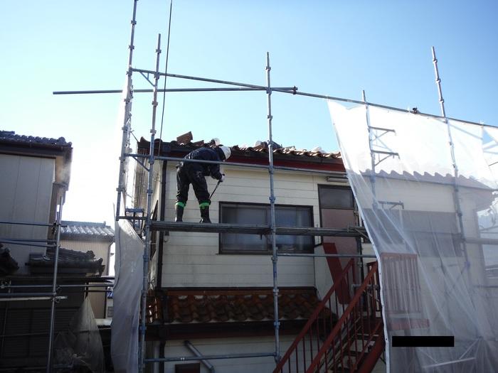 屋根葺き直し、雨樋取替、外壁塗替え ~ 外壁水洗い。_d0165368_7255324.jpg