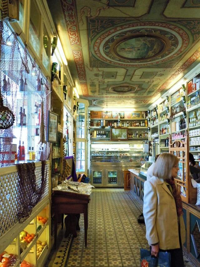 スペインで一番古くて美しい店 _c0213220_7221933.jpg