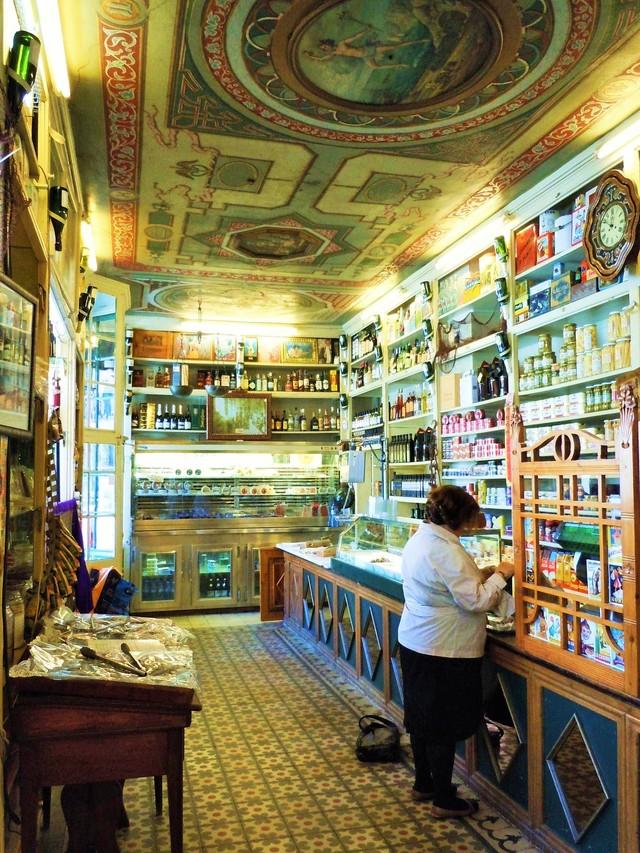 スペインで一番古くて美しい店 _c0213220_7233880.jpg