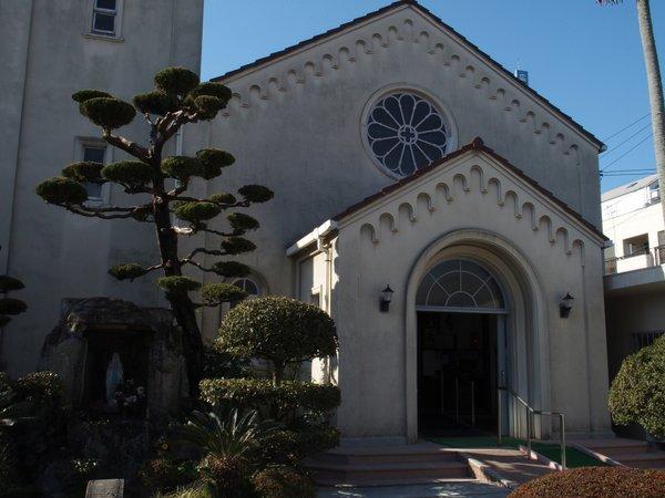 カトリック三篠教会_b0190540_12225791.jpg
