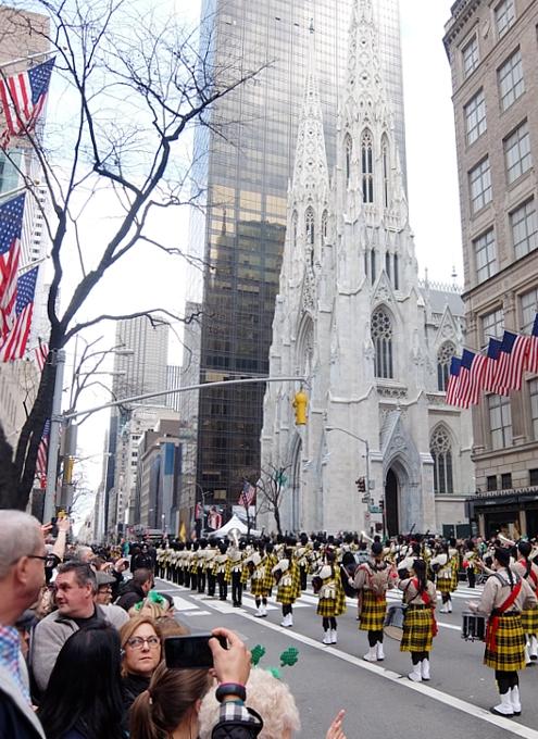 NYのセント・パトリック・デー・パレード 2016_b0007805_1204552.jpg