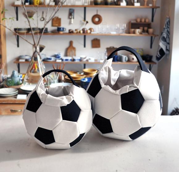 サッカーボールバッグ再入荷のお知らせ_d0193211_16355996.jpg