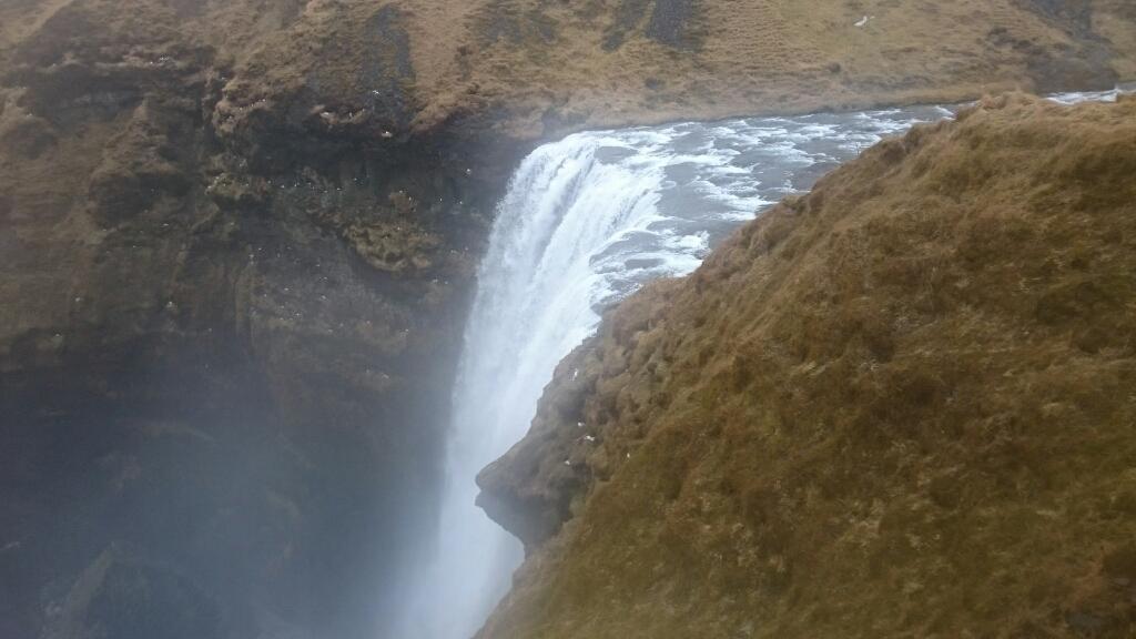 アイスランド旅行日記3_e0055711_12111350.jpg