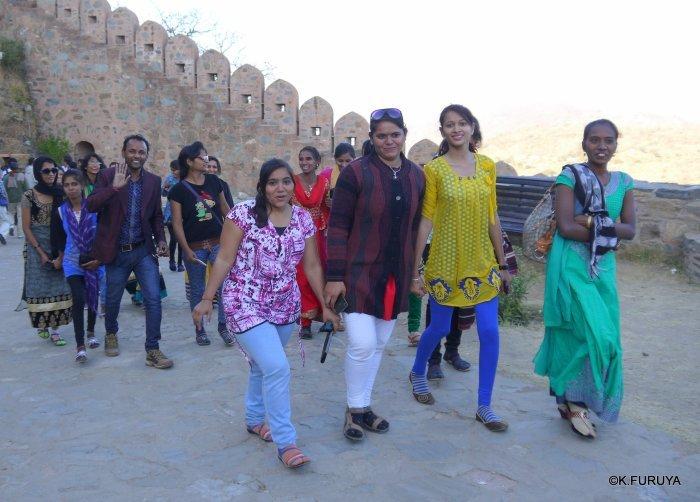 インド・ラジャスタンの旅 12 インド版「万里の長城」クンバルガル砦_a0092659_17105997.jpg
