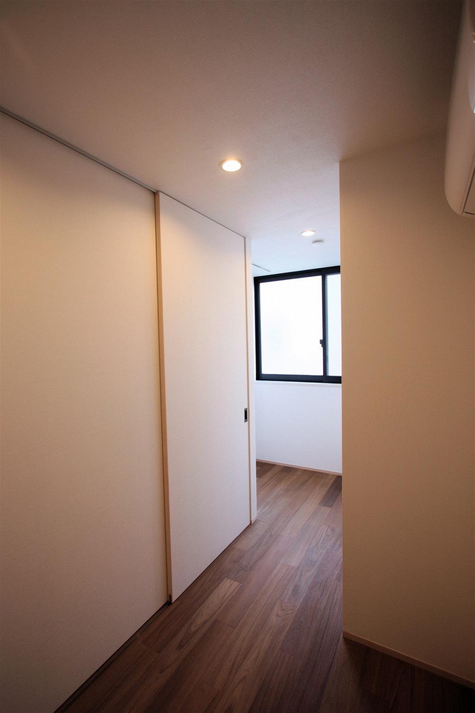 台東区「小島の家」3階 寝室_f0230666_13241850.jpg