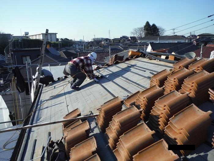 屋根葺き直し、雨樋取替、外壁塗替え ~ 屋根の谷。_d0165368_14494415.jpg
