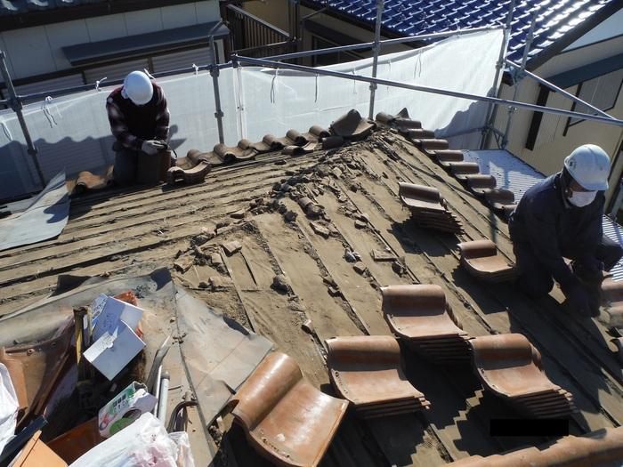 屋根葺き直し、雨樋取替、外壁塗替え ~ 屋根の谷。_d0165368_1449556.jpg