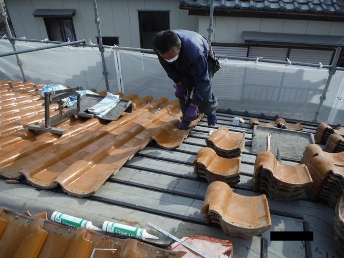 屋根葺き直し、雨樋取替、外壁塗替え ~ 屋根の谷。_d0165368_14495917.jpg