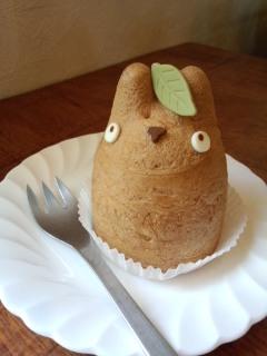 世田谷代田 白髭のシュークリーム工房のトトロのシュークリームとクッキー_f0112873_0112624.jpg