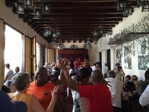 トローバ国際音楽祭通信4 #カリブ海 #キューバ #トローバ #音楽祭 #サンティアゴデクーバ_a0103940_00190490.jpg