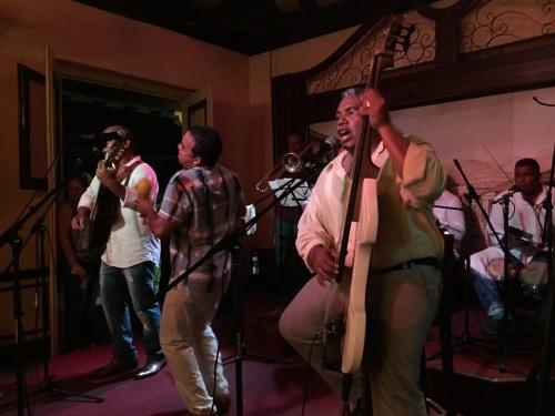 トローバ国際音楽祭通信7_a0103940_11322835.jpg