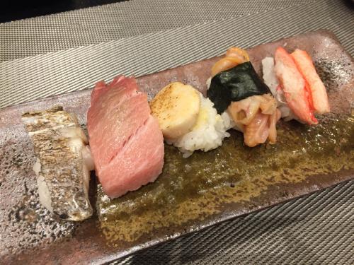 遠藤さんバンコク店オープン!!!バンコクおすすめお寿司 安くて美味しい!ラピスラズリーと像さんに願いを込めて♡_f0355367_02291001.jpg
